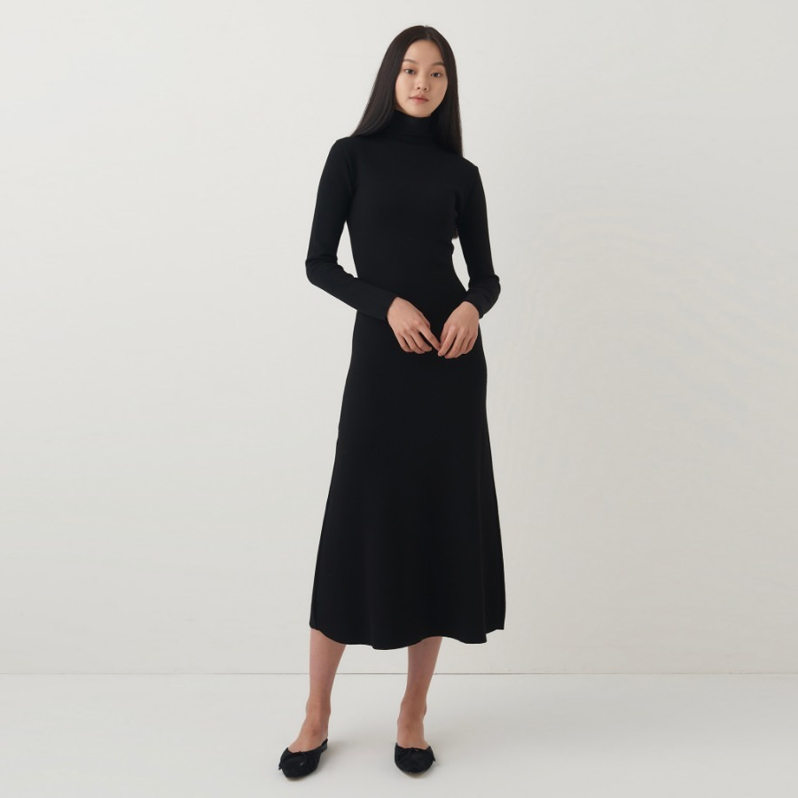Romy slim polar dress