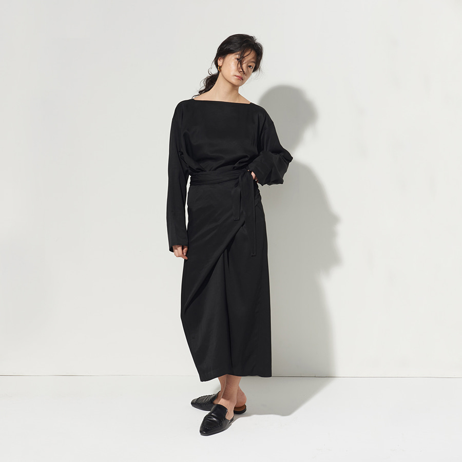 Midi boatneck wrap dress