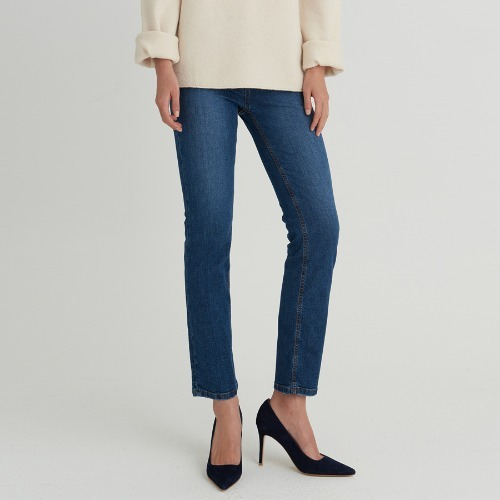CIP SLIM STRAIGHT JEANS