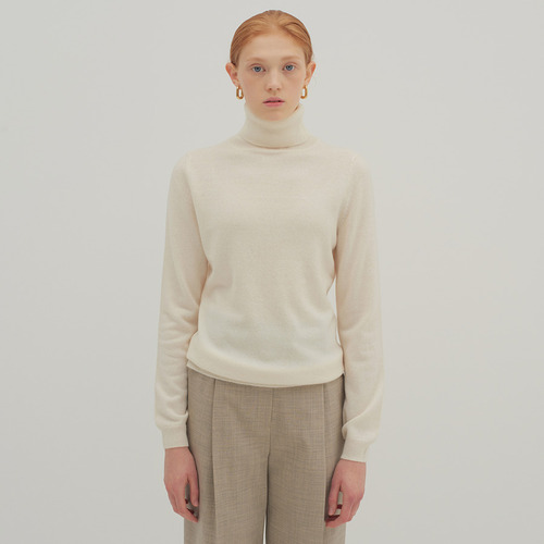 30% SALE / 12 BASIC TURTLE KNIT