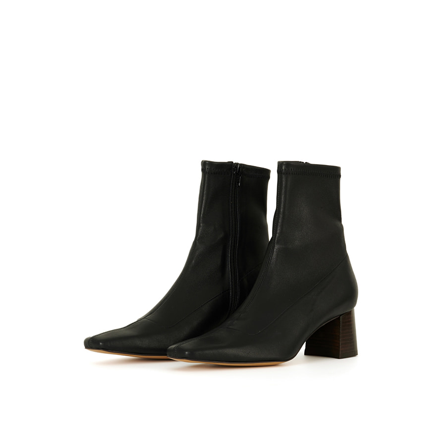 60 leather span ankle boots