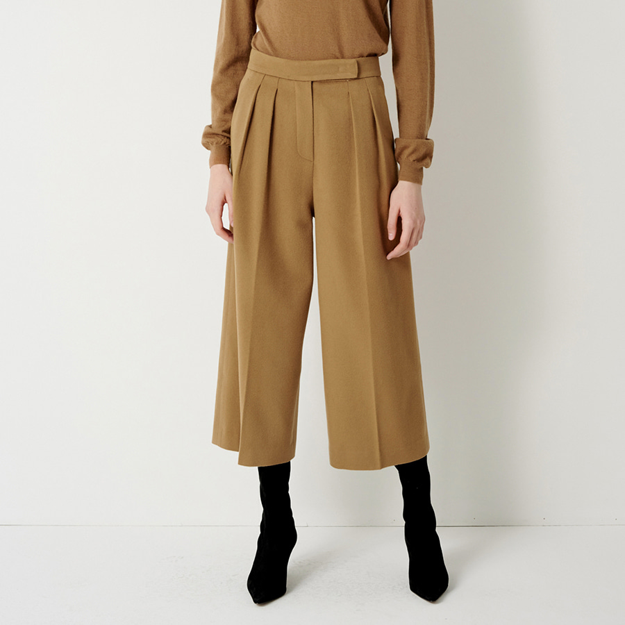 WIDE CROP WOOL TROUSERS