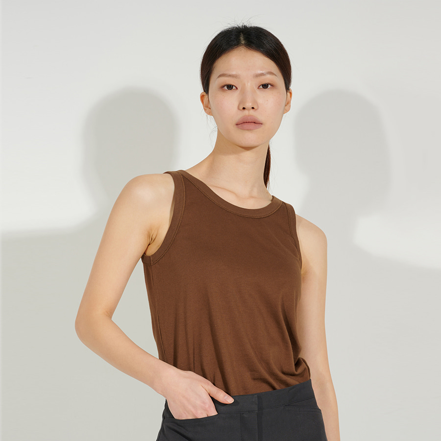 Petah sleeveless TOP