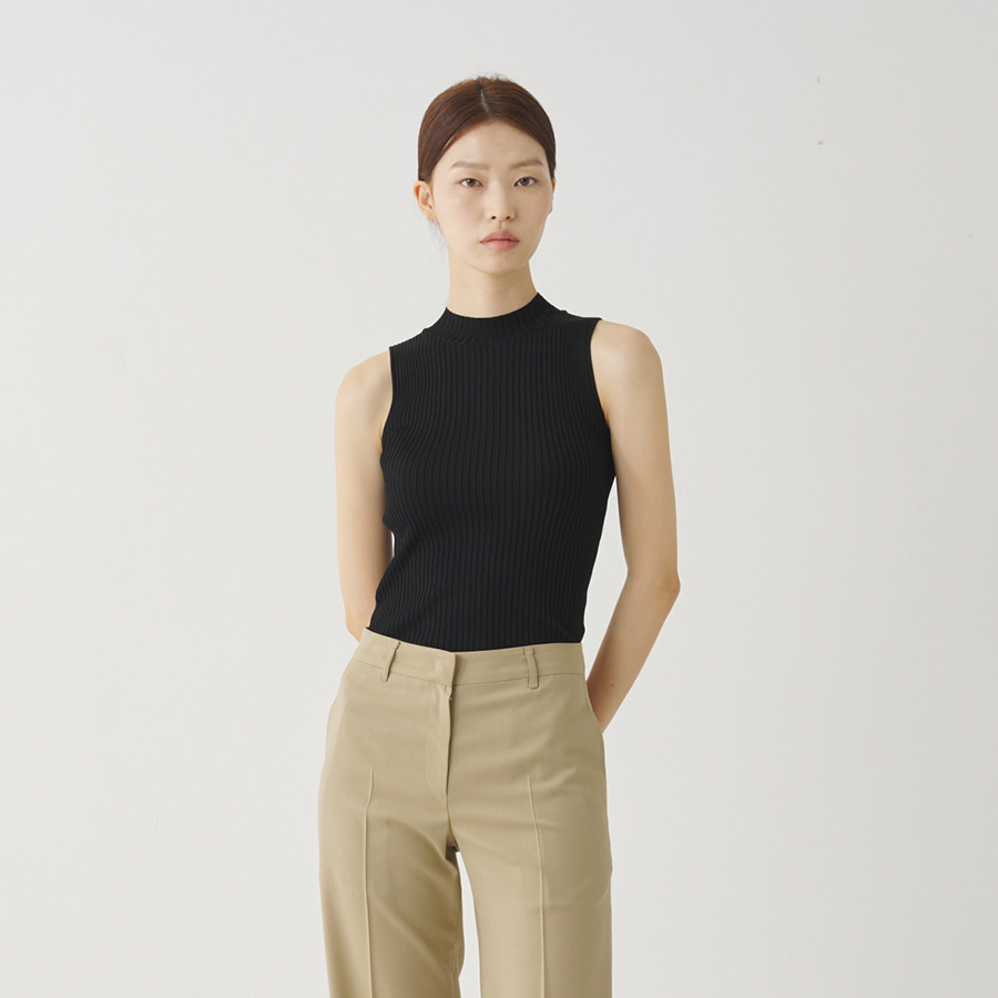 Mok neck sleeveless