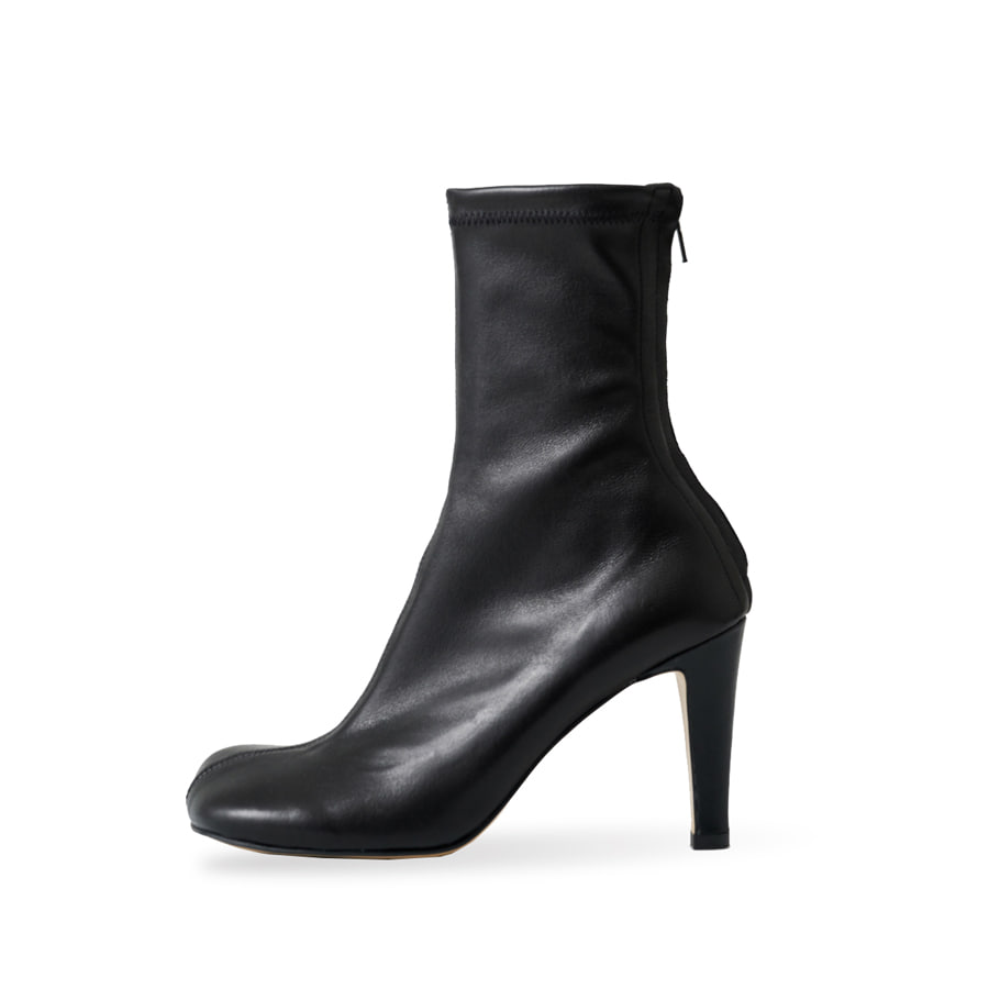 Block leather span ankle boots