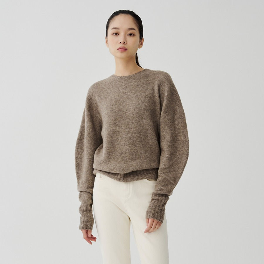 Kay round pullover