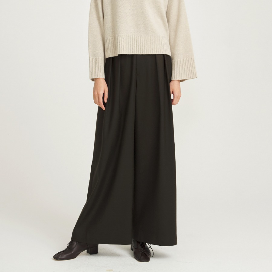 Panoi wool trousers