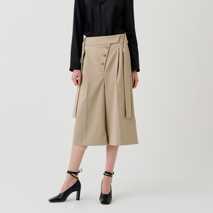OBLIQUE BUTTON PANTS