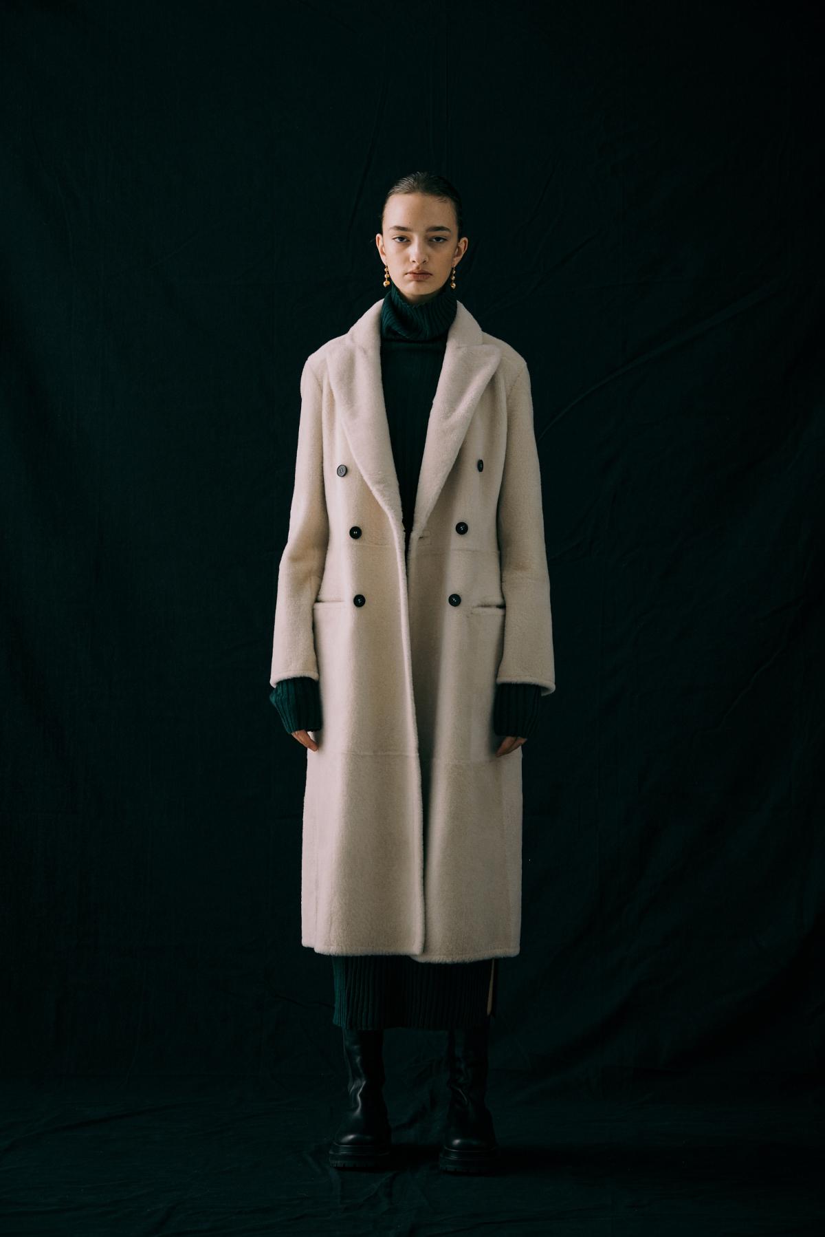 코트 모델 착용 이미지-S12L10
