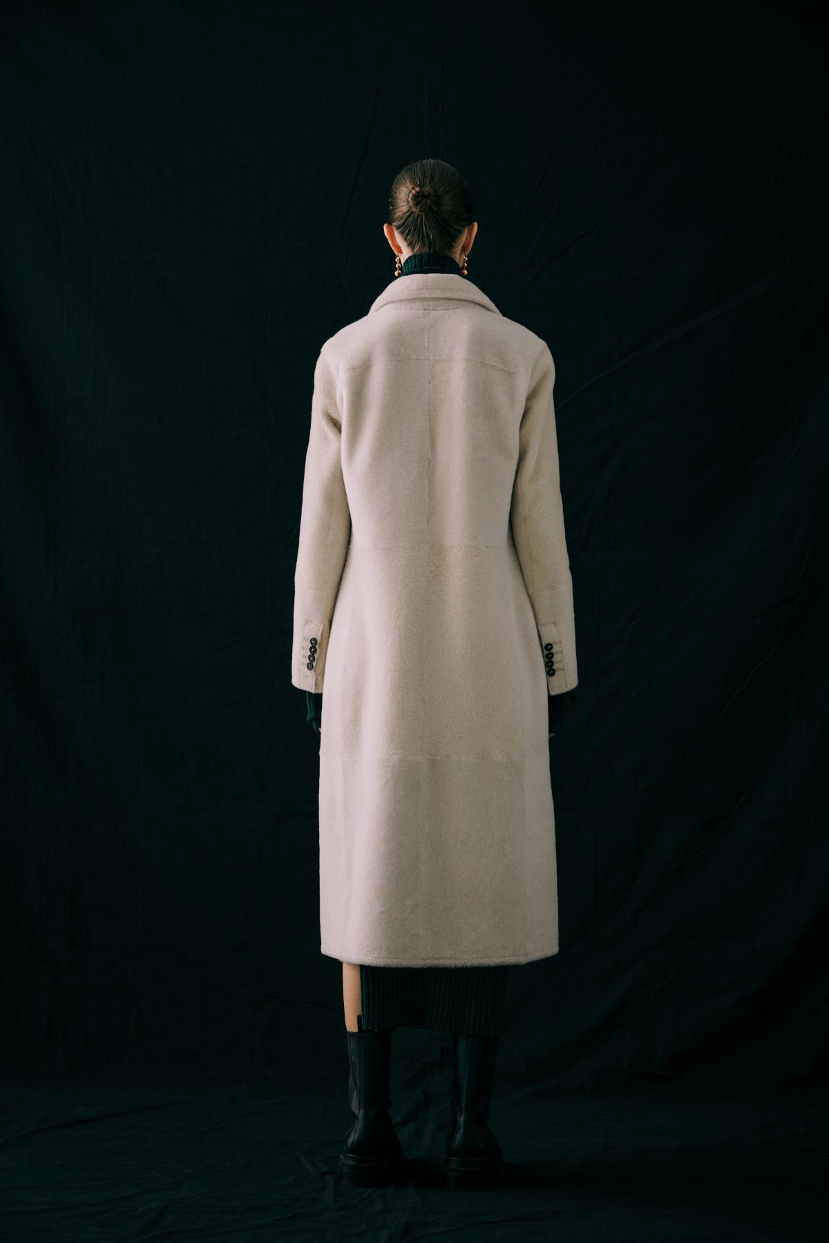 코트 모델 착용 이미지-S12L12