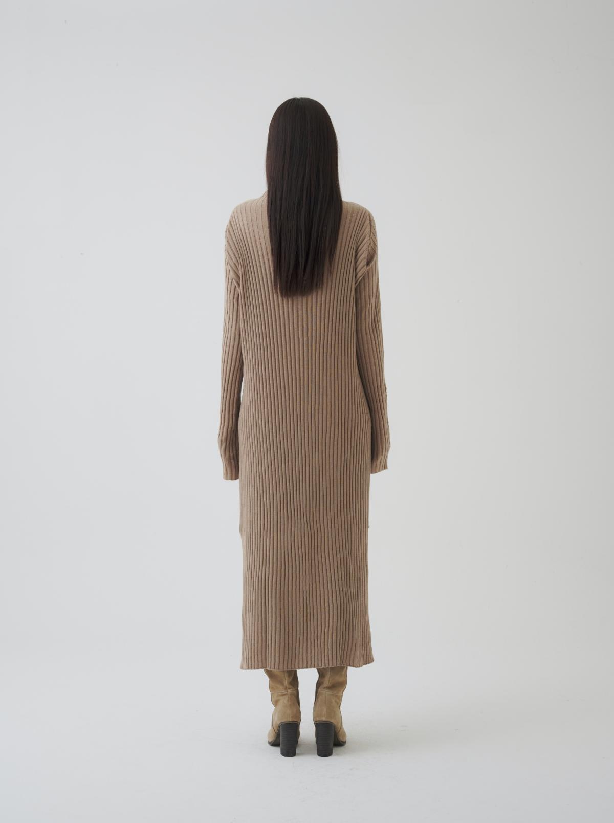 드레스 모델 착용 이미지-S7L3